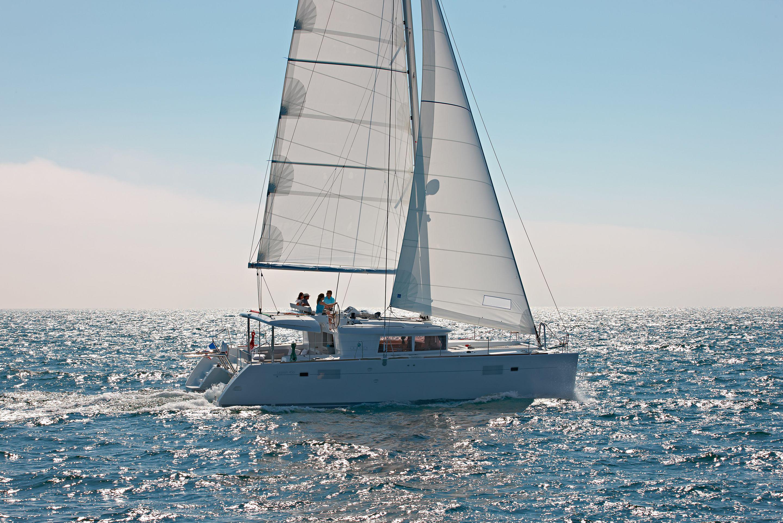 Catamarano Lagoon 450 Foto Repertorio