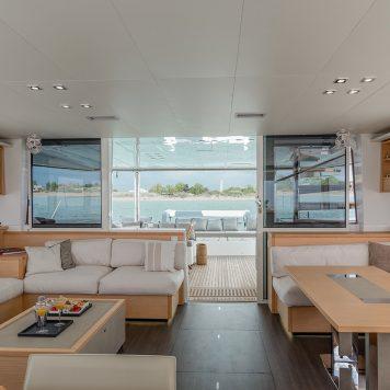 Catamarano Lagoon 560 Interni
