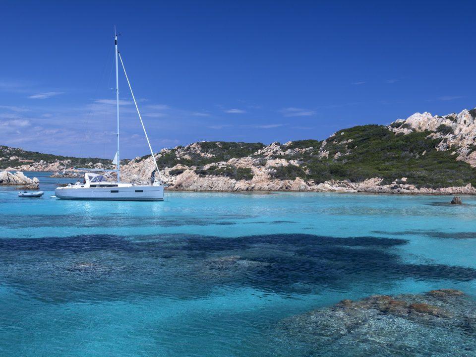 L'isola di Tavolara in catamarano