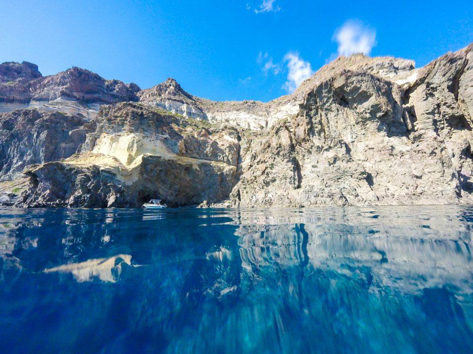 Scoprire Pantelleria a bordo di un catamarano